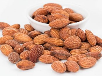 Healthy Non-Perishable Snacks almonds